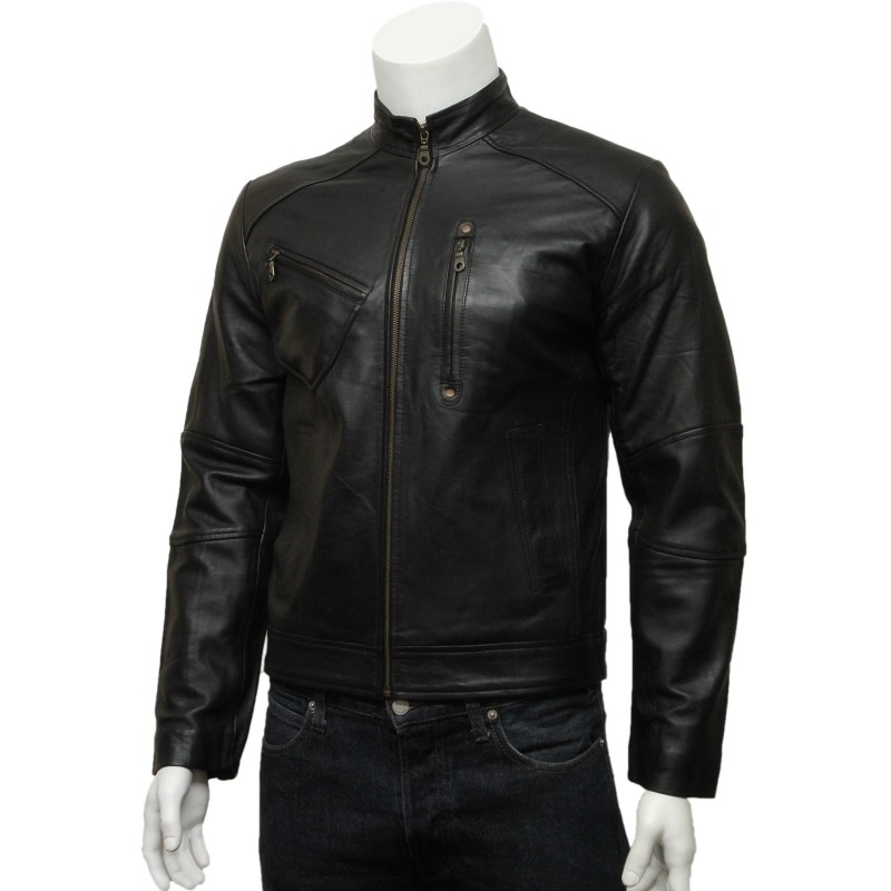 Whether biker jackets for men or leather motorcycle jackets for women, nothing compares to the exclusivity of custom motorcycle jackets. We help you design your own motorcycle jackets by guiding you through options from club motorcycle jackets and club motorcycle vests, choosing colours, styles, detail and fabrics.